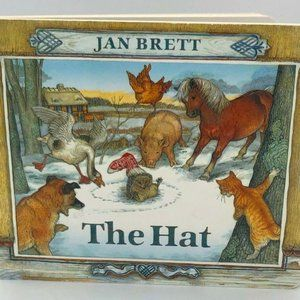 🟣🟣🟣3 Story Books - The Hat, Pig's Egg, & Squeak